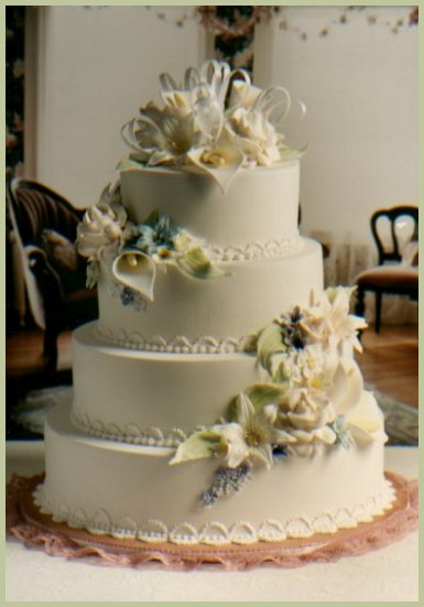 From a simple elegant wedding cake to a more elaborate formal one I offer